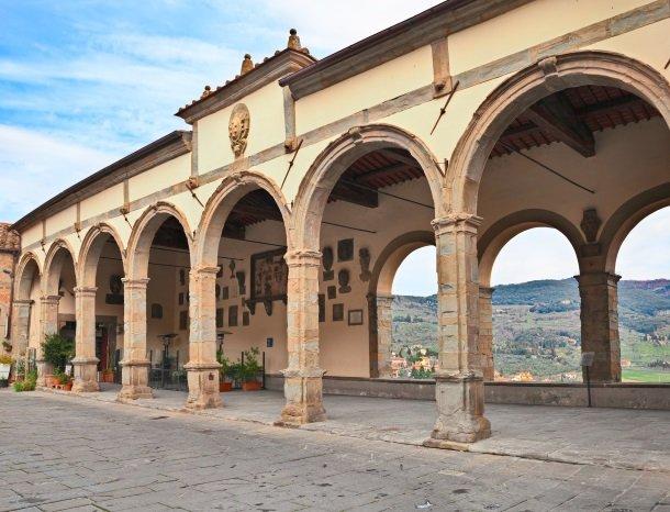 castiglion fiorentino piazza del comune.jpg