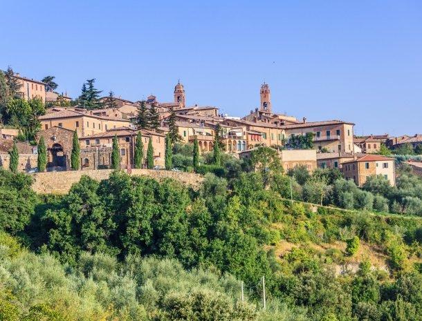 montalcino in toscane.jpg