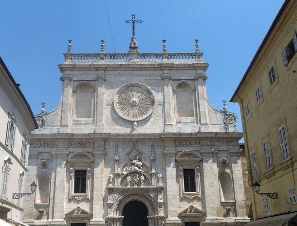 tolentino basilica di san nicola.jpg