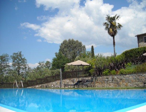 colledibordocheo-lucca-zwembad.jpg