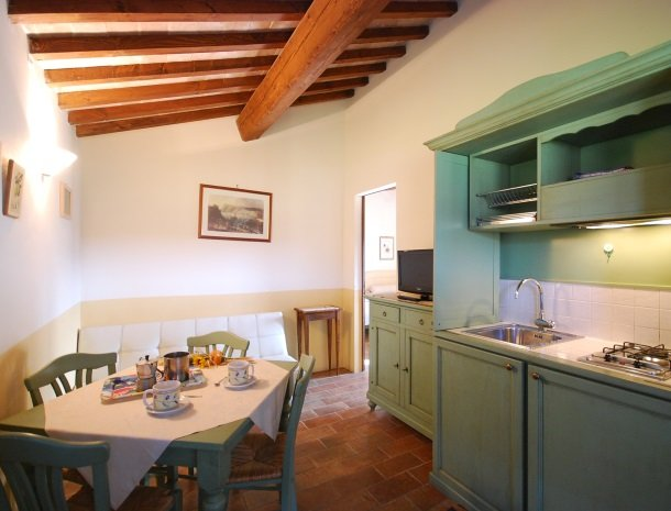 agriturismo-il-felcino-umbrie-appartement-kitchenette.jpg