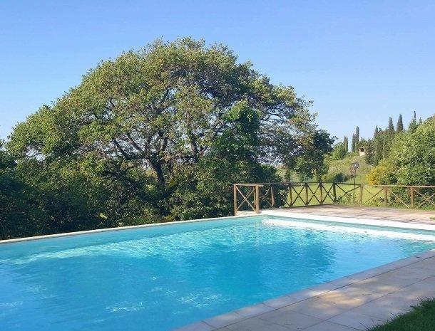 podere-alberese-asciano-toscane-hetzwembad.jpg