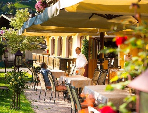 hotel bergzeit-grossarl-terras.jpg