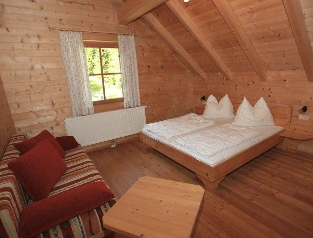 huttendorf pruggern-slaapkamer.jpg