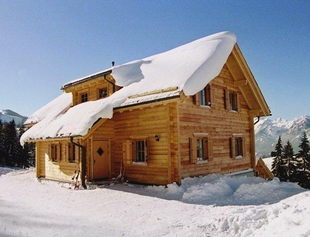 huttendorf pruggern-huisinsneeuw2.jpg