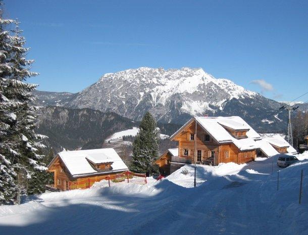 huttendorf pruggern-huis-bergen.jpg