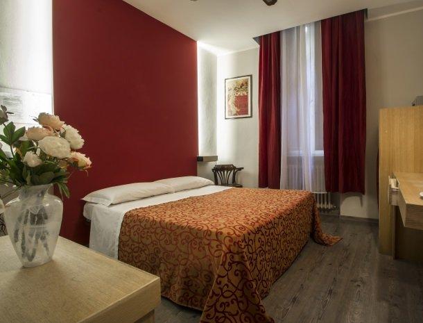 piccolo-hotel-puccini-lucca-kamer.jpg