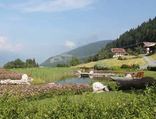 berghotel-presslauer-nassfeld-meer-uitzicht.jpg