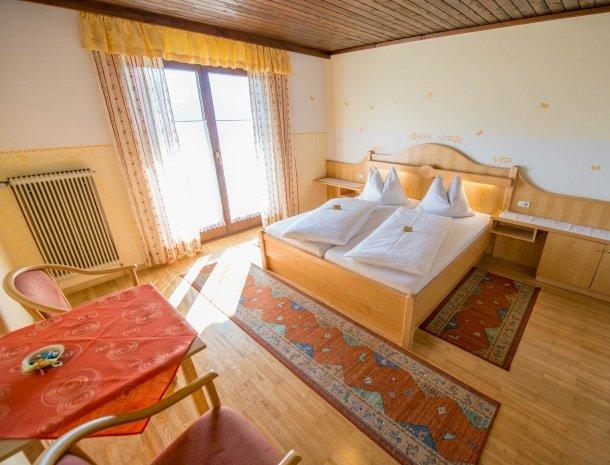 berghotel-presslauer-nassfeld-slaapkamer.jpg