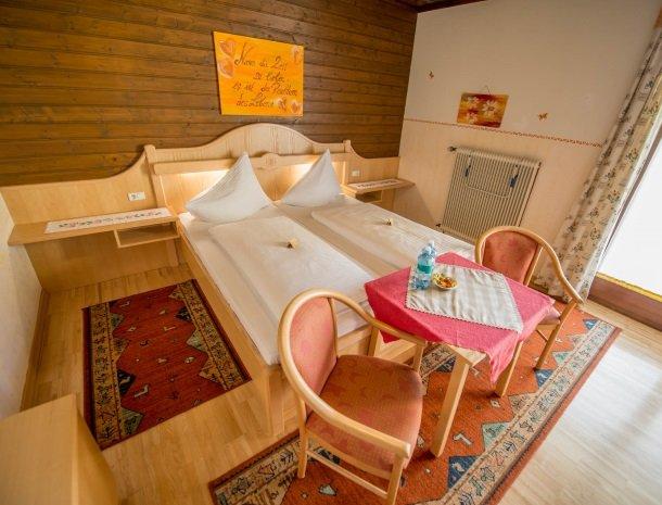 berghotel-presslauer-nassfeld-slaapkamer-2.jpg