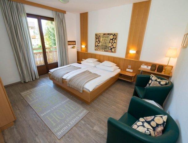 hotel arlberger_slaapkamer2.jpg