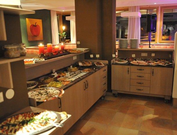 hotel arlberger_buffet.jpg
