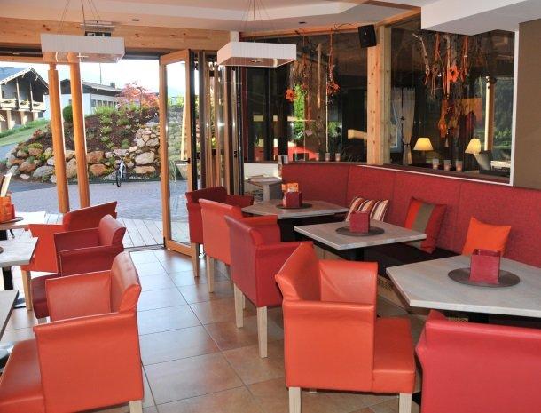 hotel arlberger_eettafels.jpg