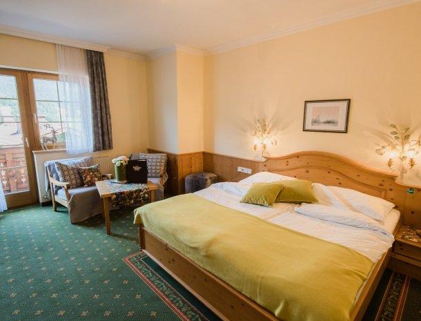 hotel kirchenwirt - slaapkamer-stammhaus.jpg