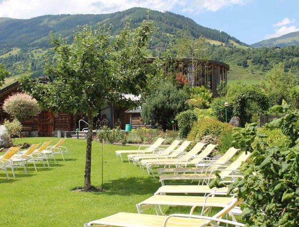 hotel kirchner - tuin.jpg