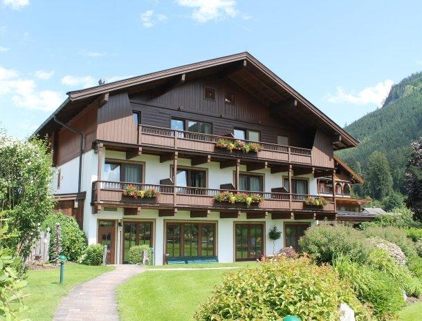 hotel kirchner - voorkant huis.jpg