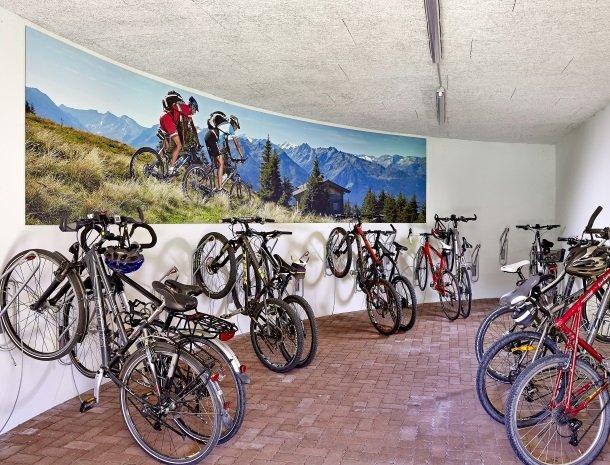 hotel kirchner - garage.jpg