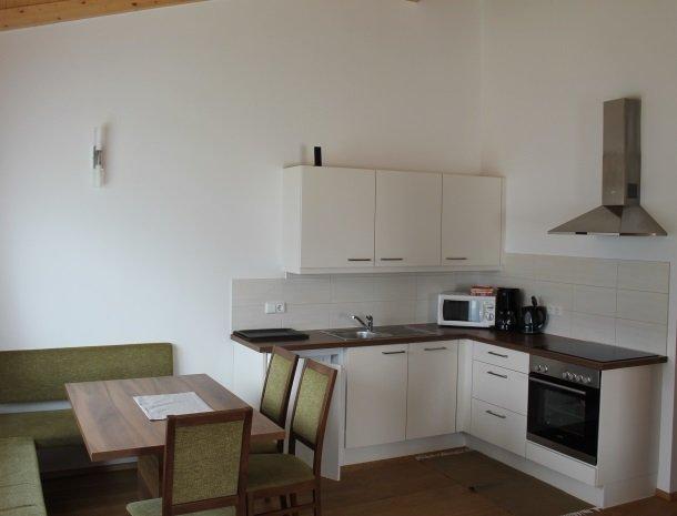 kronhofer-presseggersee-keuken.jpg