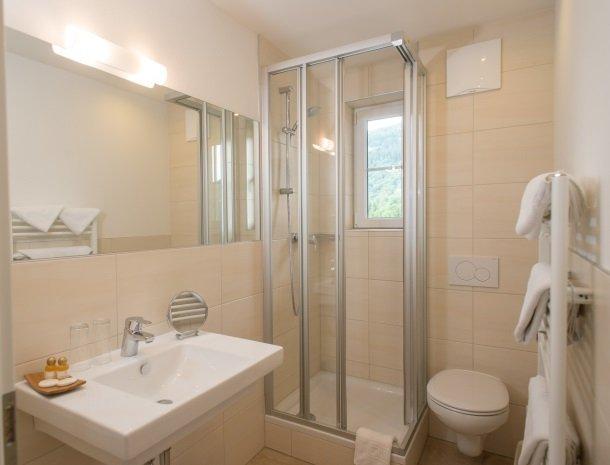 landhaus-hubertus-rohrmoos-badkamer.jpg