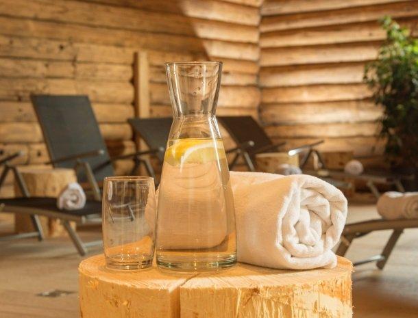 landhaus-hubertus-rohmoos-relax drankje.jpg
