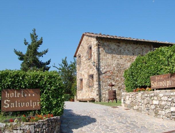 hotel-salivolpi-castellina-in-chianti-ingang.jpg