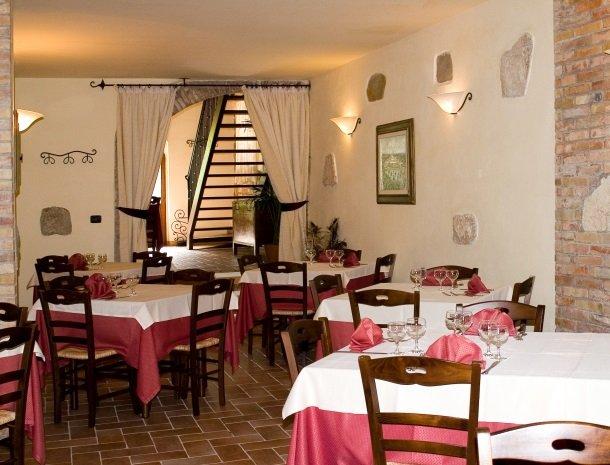 agriturismo casale delle lucrezie-todi-restaurant.jpg