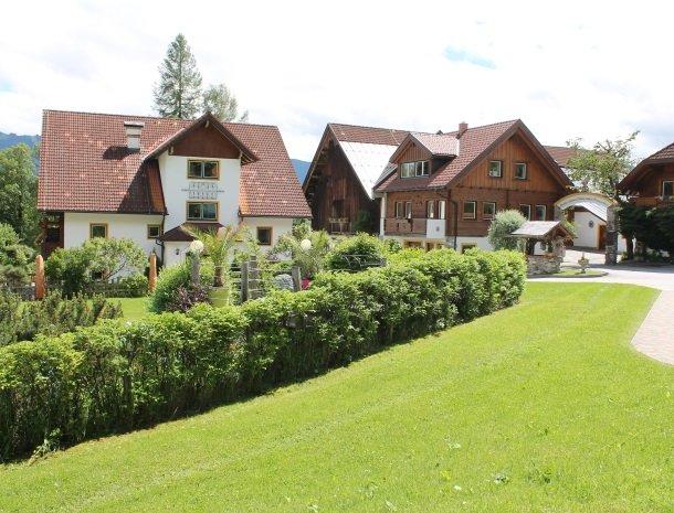 simonbauer-ramsau-boerderij-omgeving.jpg
