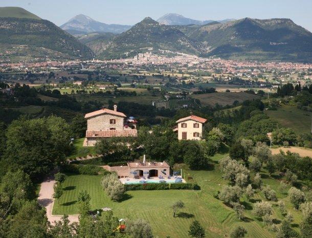 case-vacanze-casalta-gubbio-overzicht.jpg