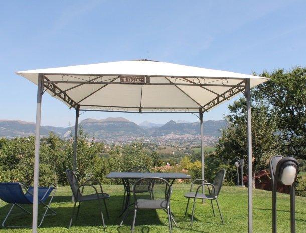case-vacanze-casalta-gubbio-terras-omgeving.jpg