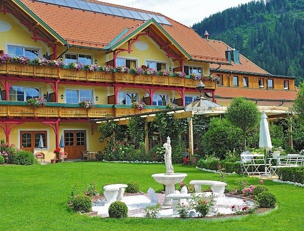5 ferners-rosenhof-murau-overzicht-hotel.jpg