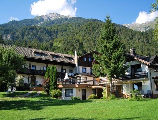gastehaus-pernull-tuin-huis.jpg