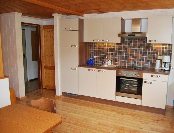 gastehaus-pernull-appartement-keuken.jpg