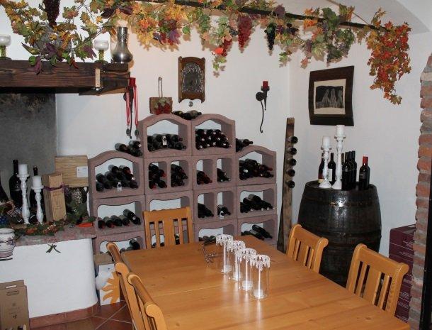 ferners-rosenhof-murau-wijn.jpg