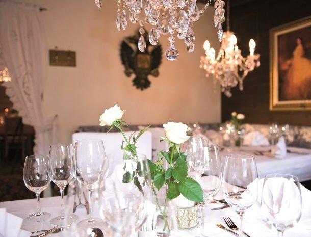 ferners-rosenhof-murau-restaurant-bloemen.jpg
