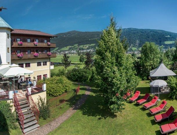 hotel-zum-jungen-romer-radstadt-tuin.jpg