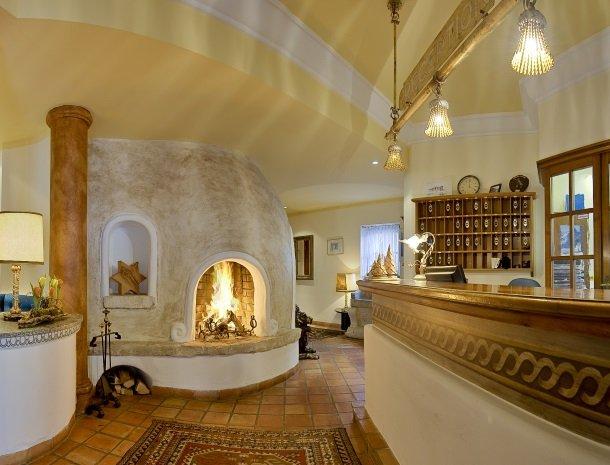 hotel-zum-jungen-romer-radstadt-receptie.jpg