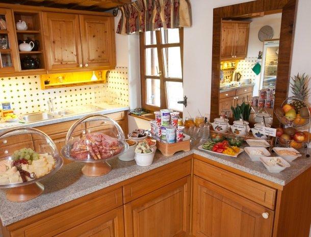 weingut-rebenhof-wijngebied-ontbijt.jpg