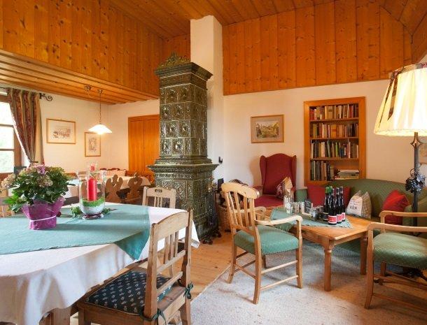 weingut-rebenhof-wijngebied-steiermark-lounge.jpg