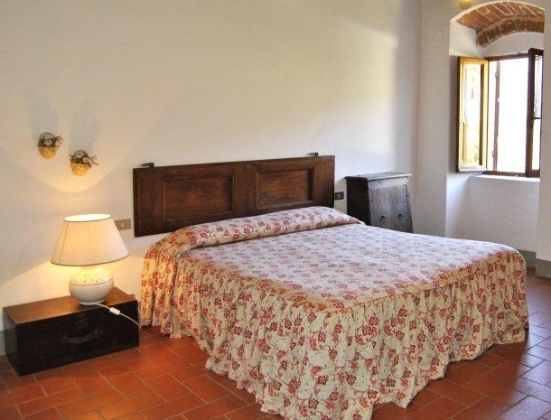 agriturismo-il-giardino-toscane-slaapkamer-app.jpg