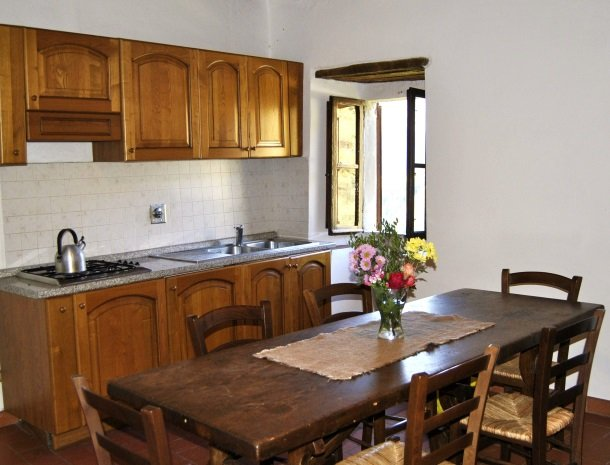 agriturismo-il-giardino-toscane-keuken.jpg