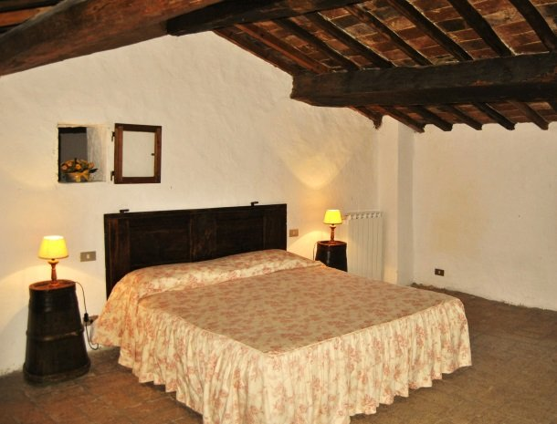 agriturismo-il-giardino-toscane-slaapkamer.jpg