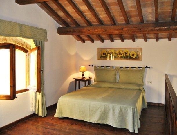 agriturismo-il-giardino-toscane-slaapkamer-zolder.jpg