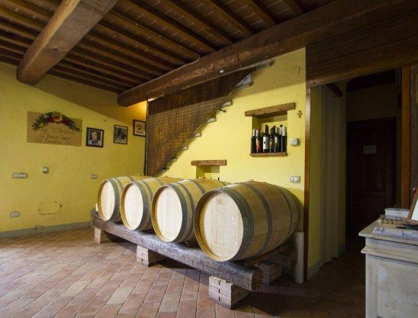 agriturismo santo stefano-castiglion-fiorentino-wijnvat.jpg