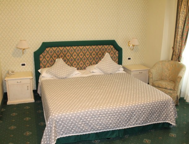 hotel la locanda-slaapkamer.jpg