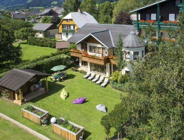 hotel kogler-badmitterndorf-bovenaanzicht.jpg