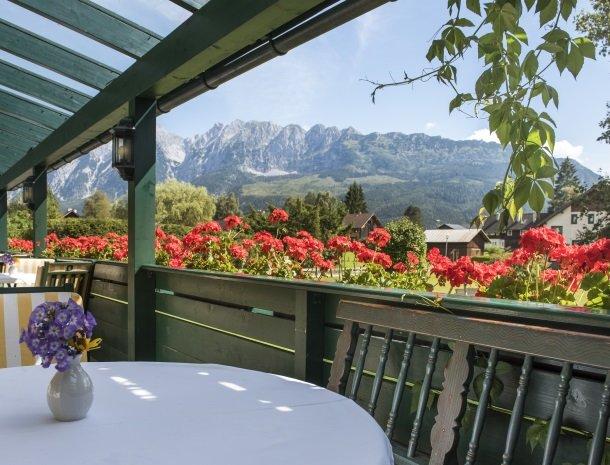 hotel kogler-badmitterndorf-terras.jpg