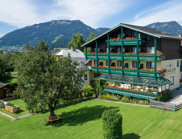 hotel kogler-badmitterndorf-overzicht.jpg