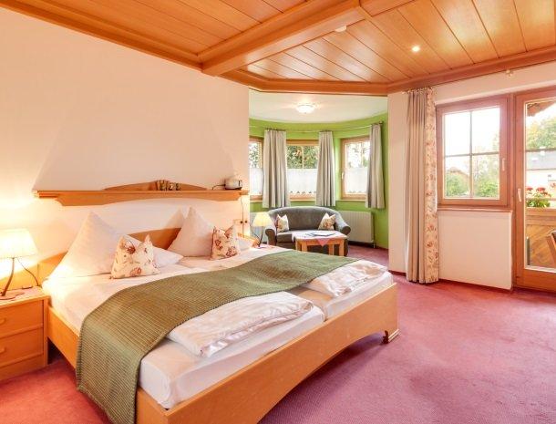 hotel kogler-badmitterndorf-slaapkamer.jpg