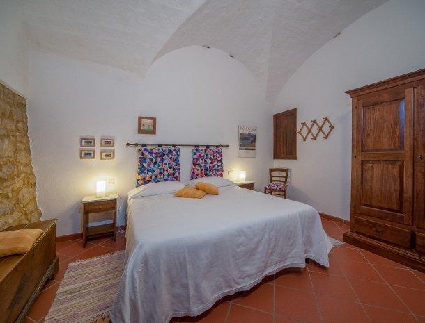 podere-san-lorenzo-volterra-slaapkamer-8.jpg