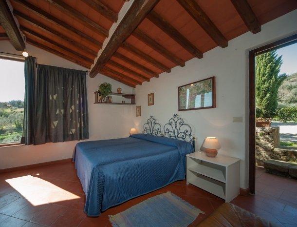 podere-san-lorenzo-volterra-slaapkamer.jpg